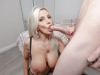 Teen neighbor bangs with busty MILF Brittany Andrews