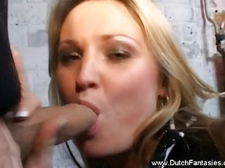 Expressing Love And  Giving A Deep Sex That Make Cum Comes